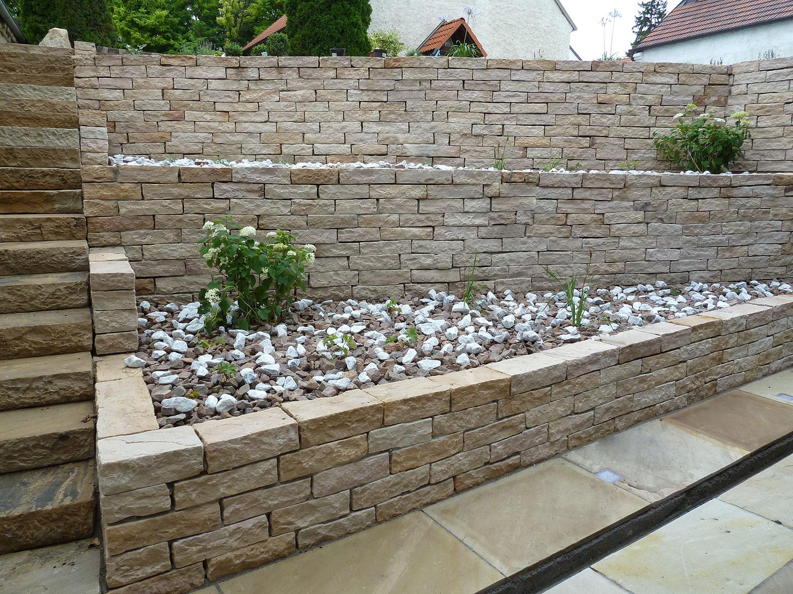 Natursteinmauer 02 gartengestaltung hertl - Natursteinmauer garten ...